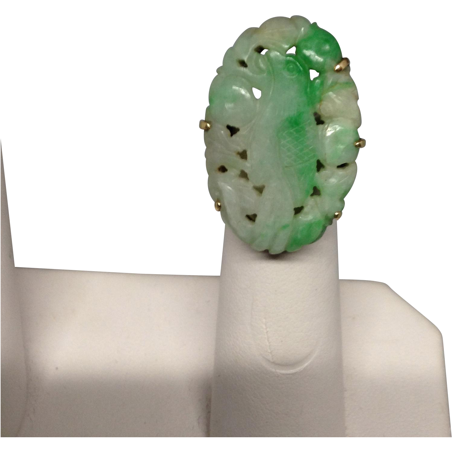 Beautiful Carved Apple Green Jade Ring in 14K