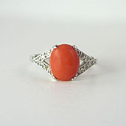 English 1970s Vintage Natural Coral Diamond & 18kt Gold Ring