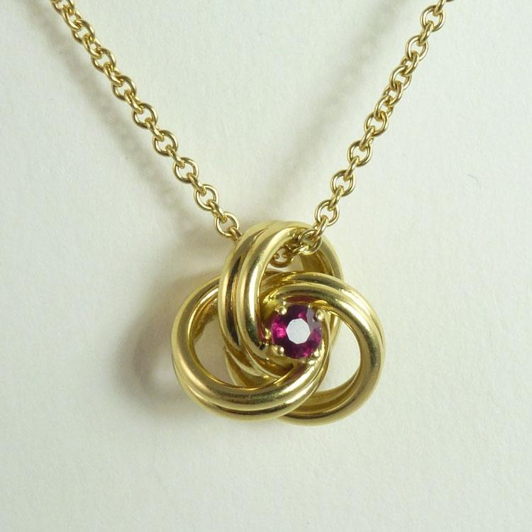Vintage Tiffany & Co. 18kt Gold Chain With Ruby & 18kt Gold Knot Pendant