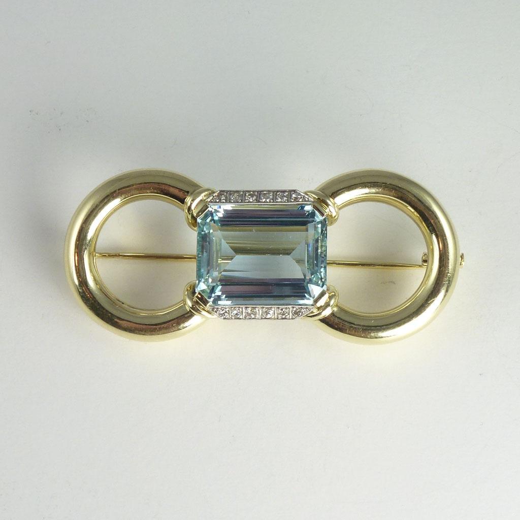 Magnificent Mid-Century 15.0ct Aquamarine Diamond & 14kt Gold Brooch