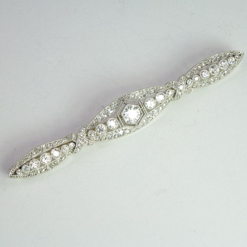 Magnificent Diamond-Encrusted Edwardian/Art Deco Diamond & Platinum Bar Pin