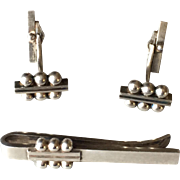 Georg Jensen Sterling Silver Set of Cufflinks No. 61B and Tie Bar No. 61 by Harald Nielsen