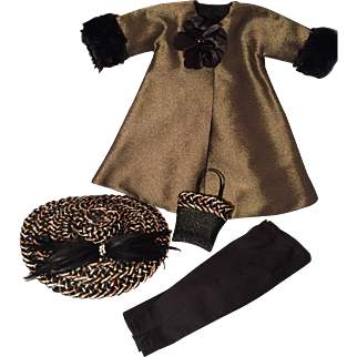 High fashion Vintage Cissy outfit