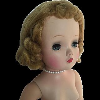 Blonde dramatic Cissy doll