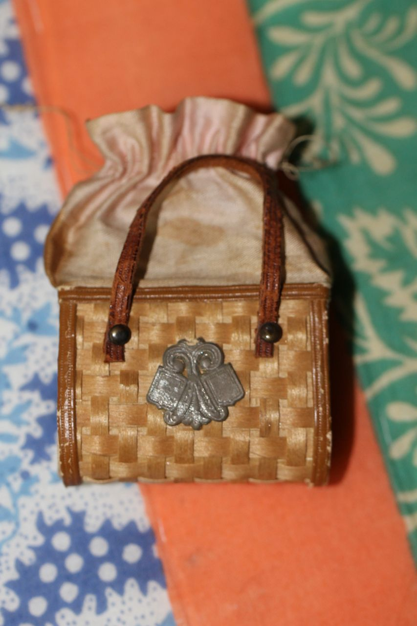 Antique Purse for French Fashion, China Doll