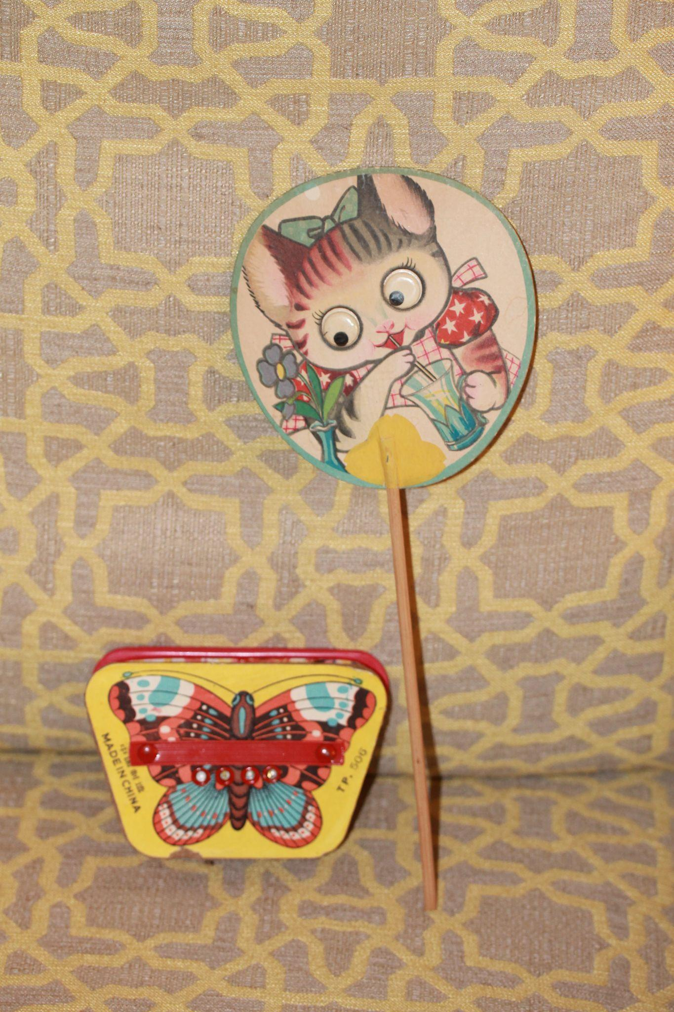 Paper Fan, Squeeze Box for Large Compostion, Bisque, Plastic Dolls