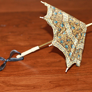 Working Antique Parasol for French Fashion, China, or Small Bebe Doll