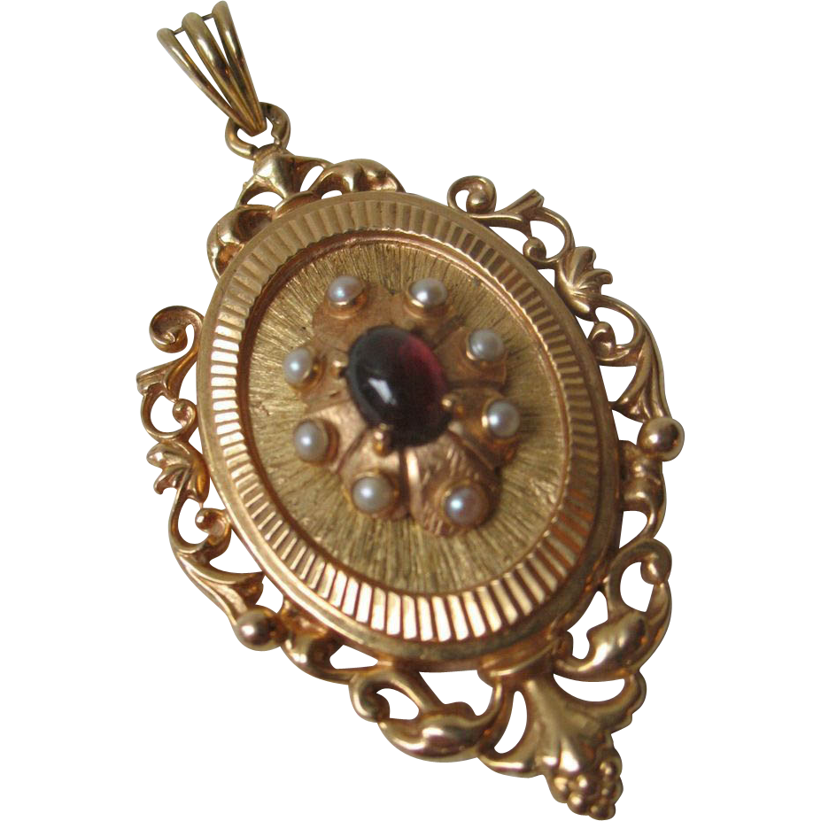 Antique French Victorian 18K Gold Pendant with Garnet and Pearls mid 19th C