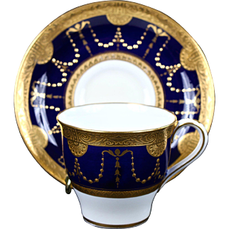 6 Antique Minton Neoclassical Style Cobalt Blue Gold Encrusted Demitasse, gilded