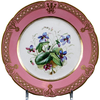 19th Century Staffordshire Rose Pompadour Botanical Dessert Service, hand-painted, 21 pieces