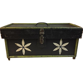Funny Pennsylvania Folk Art Decorated Tool Box