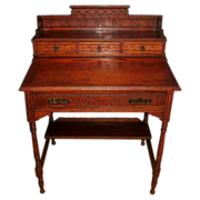 Beautiful 19th century Antique Victorian / Eastlake Solid Oak Ladies Slant Top  Writing Desk in Original Finish