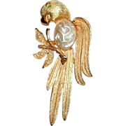 Vintage Gold Tone J.J. Copyright Gold Tone Parrot Brooch / Pin - Emerald Eye & Pearls
