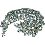 "Exquisite Vintage Signed KRAMER ""Diamond"" Rhinestone Brooch  - Faceted & Prong Set Stones - 1940's - 50's"
