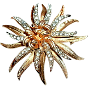 "Vintage ""CORO"" Costume Gold Tone & Clear Crystal Rhinestone Floral / Leafy Flower Brooch - 1950's"