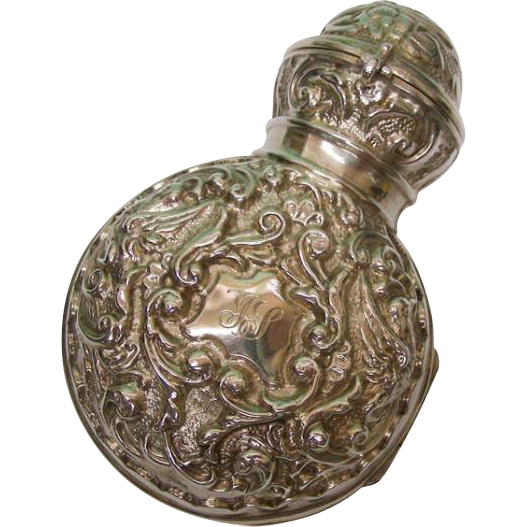 Edwardian Sterling Silver Cased & Glass Traveling Scent Bottle By Synyer & Beddoes, England, 1902.