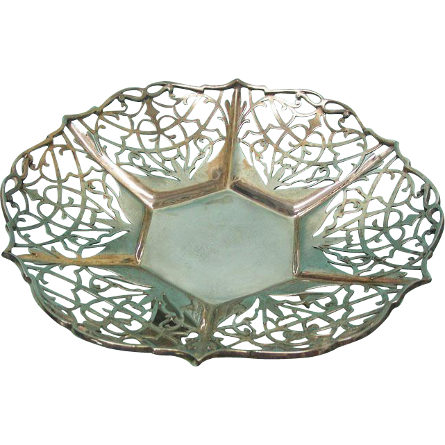 Sterling Silver Sweetmeat Dish, Cooper Brothers & Sons Sheffield 1932.