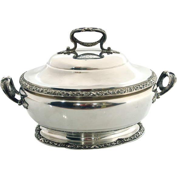 Tetard Freres Sterling Silver Soup Tureen Serving Dish Paris France Circa 1903.