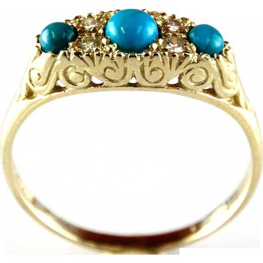 14 Karat Yellow Gold Turquoise & Diamond Ring.