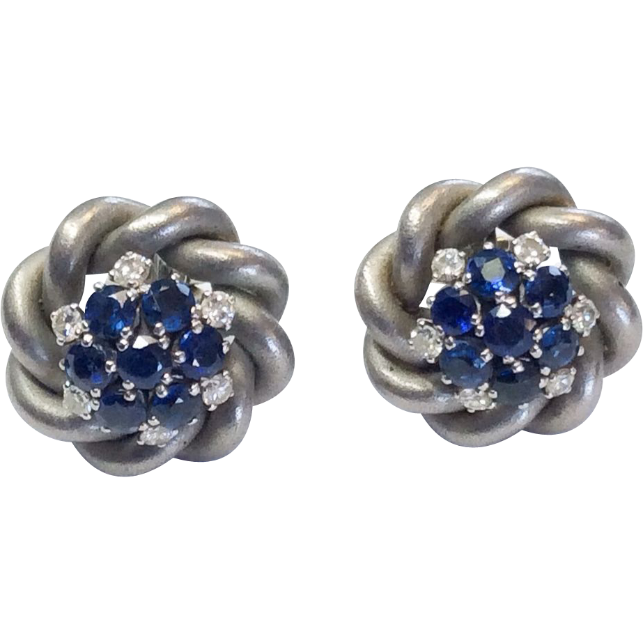 vintage sapphire earrings in brushed white 18k
