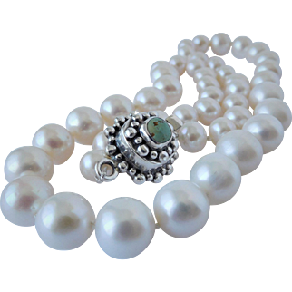Fresh water pearl necklace with sterling silver clasp