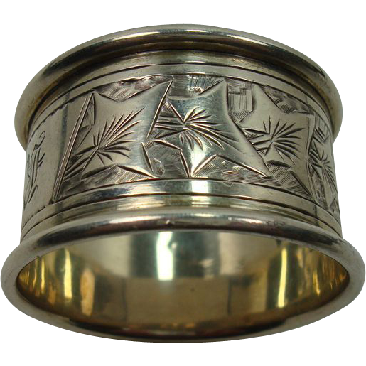 Antique Robert Pringle & Son 1899 Sterling Holly Napkin Ring