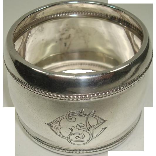 Dutch 833 Large Barrel Style Napkin Ring