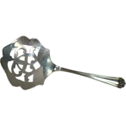Manchester Silver 1910 Beaux Art Bon Bon Scoop or Server