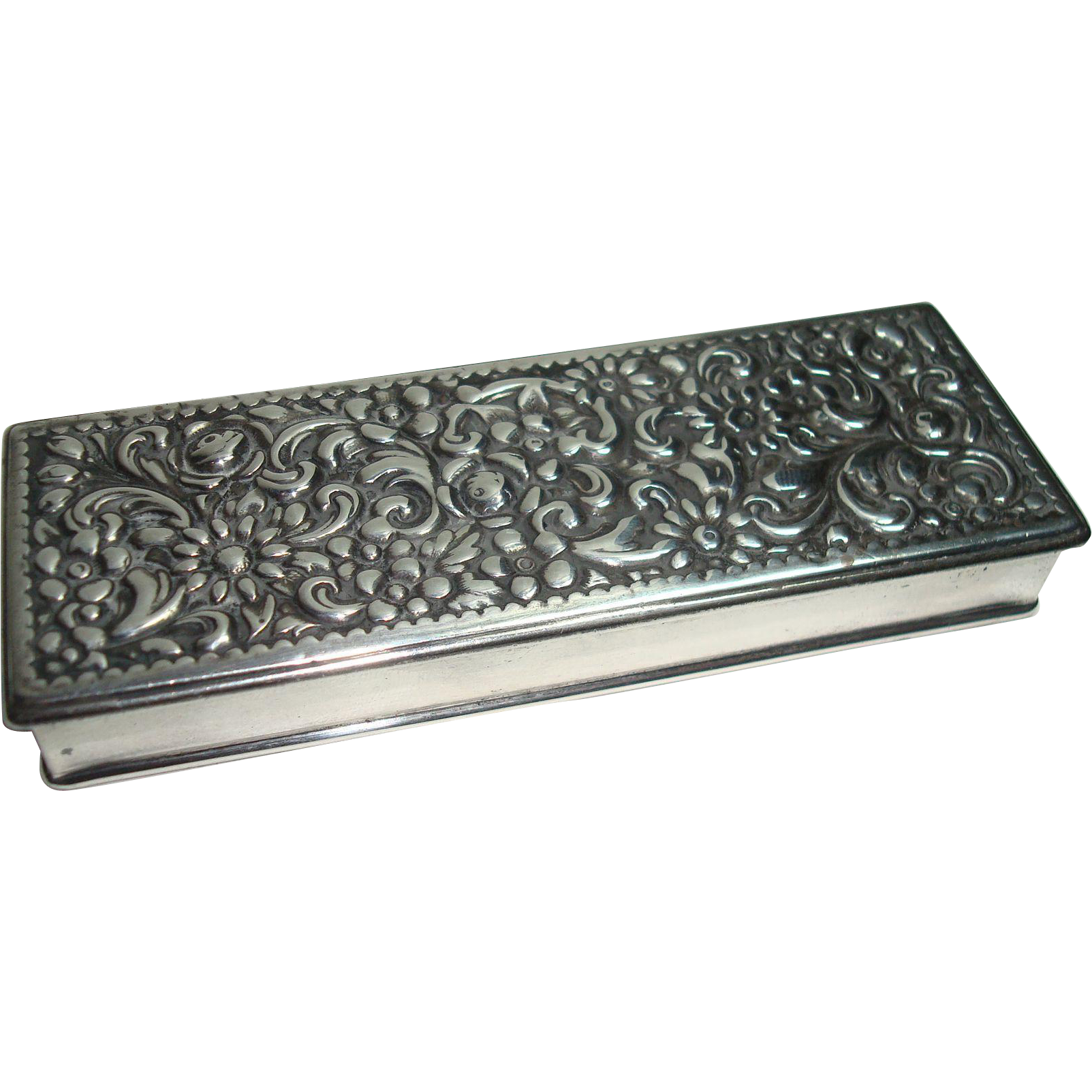 Wm. Durgin Sterling Repousse Floral Leaf and Acanthus Stamp Box