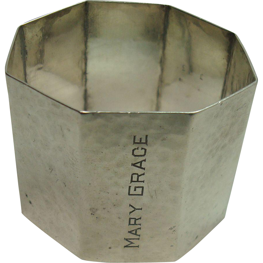 Wallace Hammered Octagonal Napkin Ring
