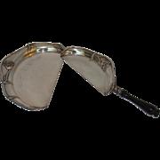 Monarch Silver Quadruple Silver Plate Crumber