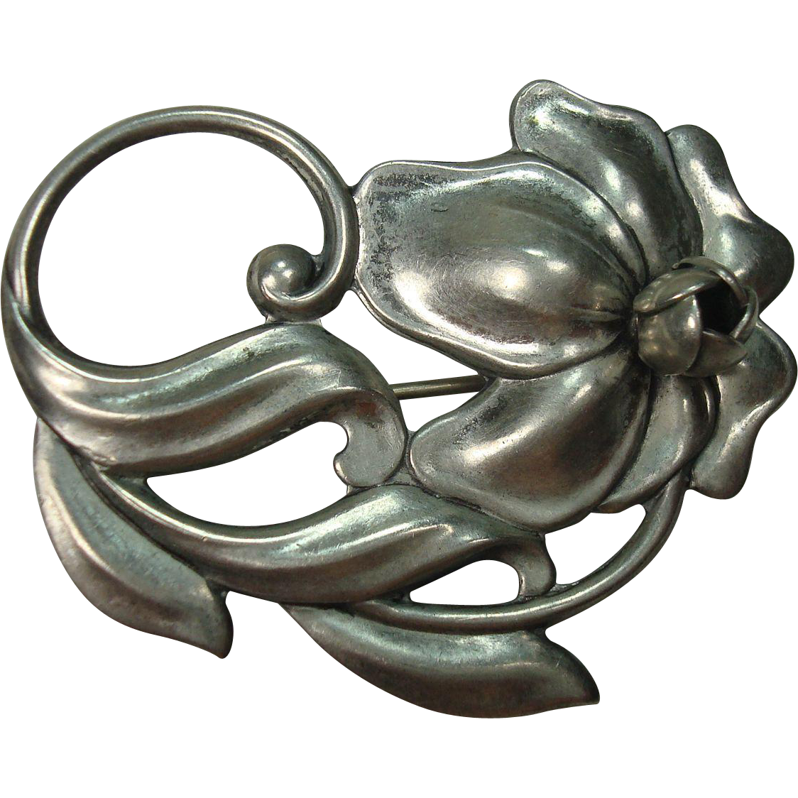 Beau Sterling Lily Floral and Leaf Brooch or Pin