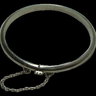 Sterling Hinged Bangle Bracelet with Chased Design