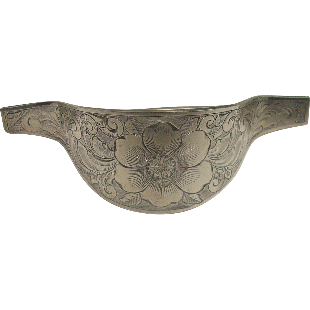 Gorgeous Sterling Victorian Floral and Acanthus Scarf Clip