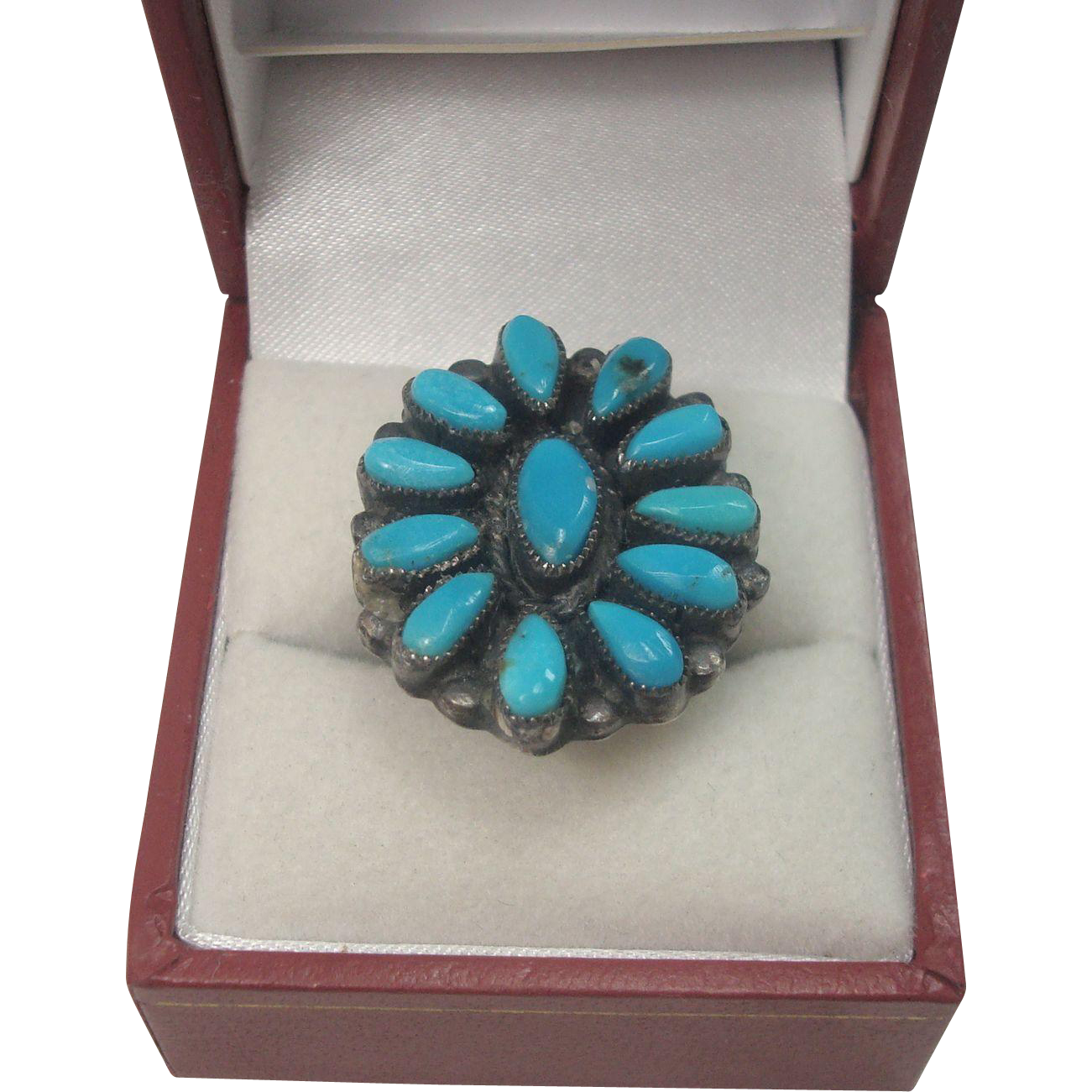 Signed Wilford Begay Petite Point Turquoise Ring