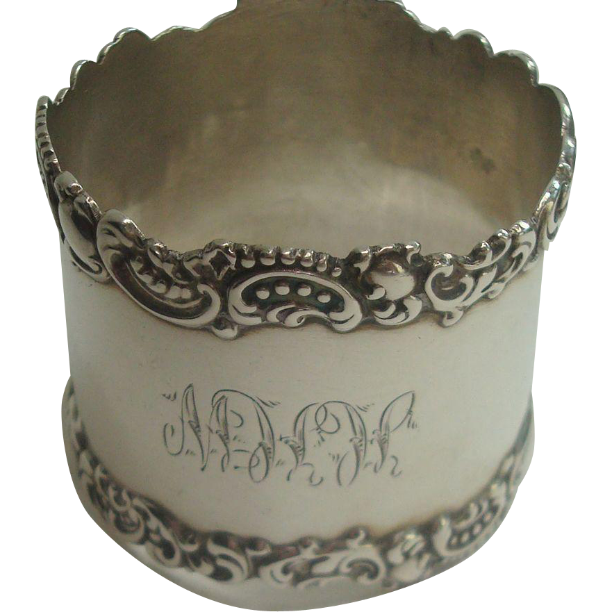 Watrous 89 Bead and Acanthus Sterling Napkin Ring