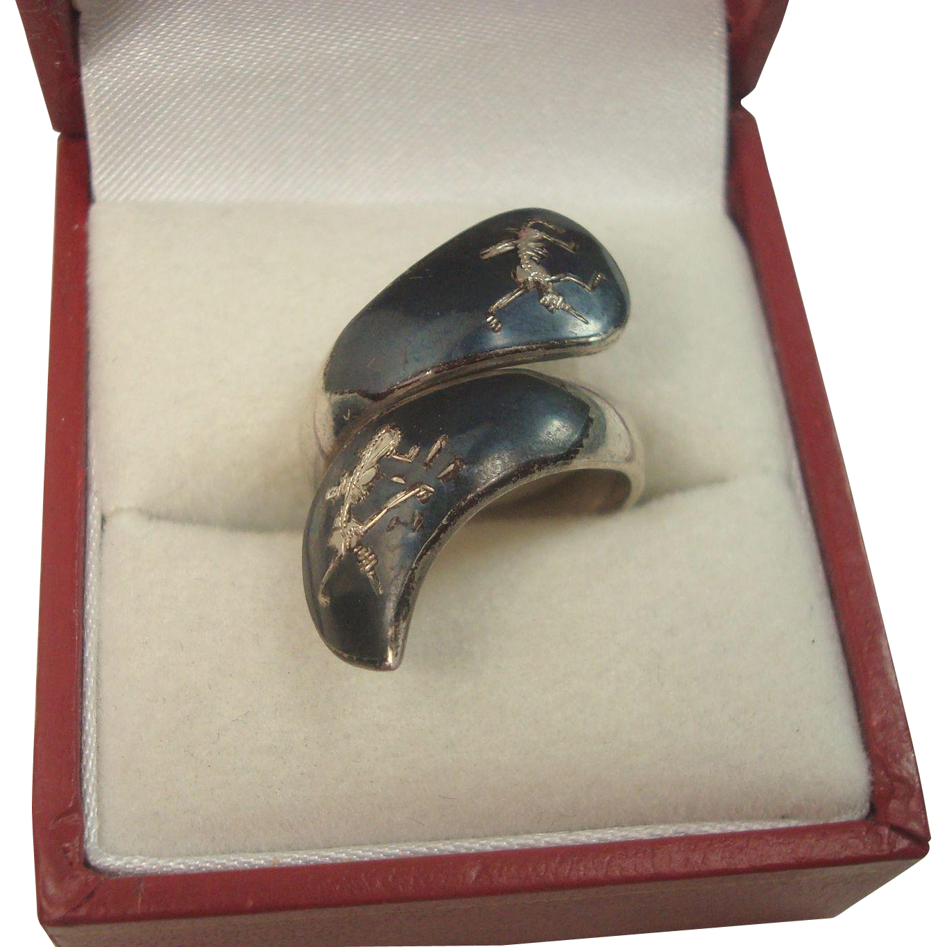 CLOSEOUT!!!! Sterling Siam Goddess of Lightening Bypass Ring