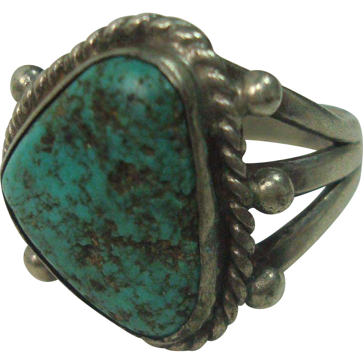 Cute Vintage Turquoise and Sterling Ring