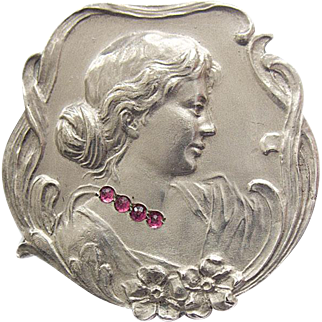French Art Nouveau 900 Silver Pin Brooch Woman Lady Profile Flowers ruby colored stones