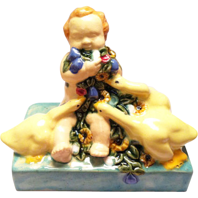 ceramic figure Putto flowers ducks Fachschule Keramik Bechyn e ceramic pottery
