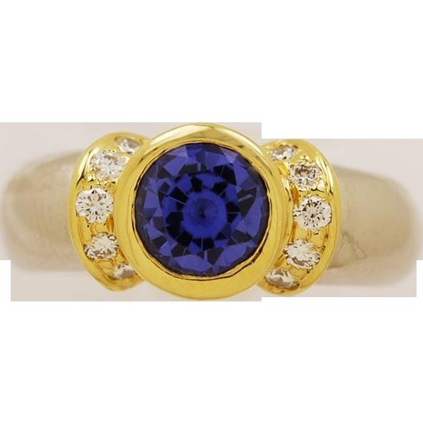1.00ct. Tanzanite, Diamond, Platinum & 18K Yellow Gold Vintage Estate Engagement/Fashion Ring- J33344