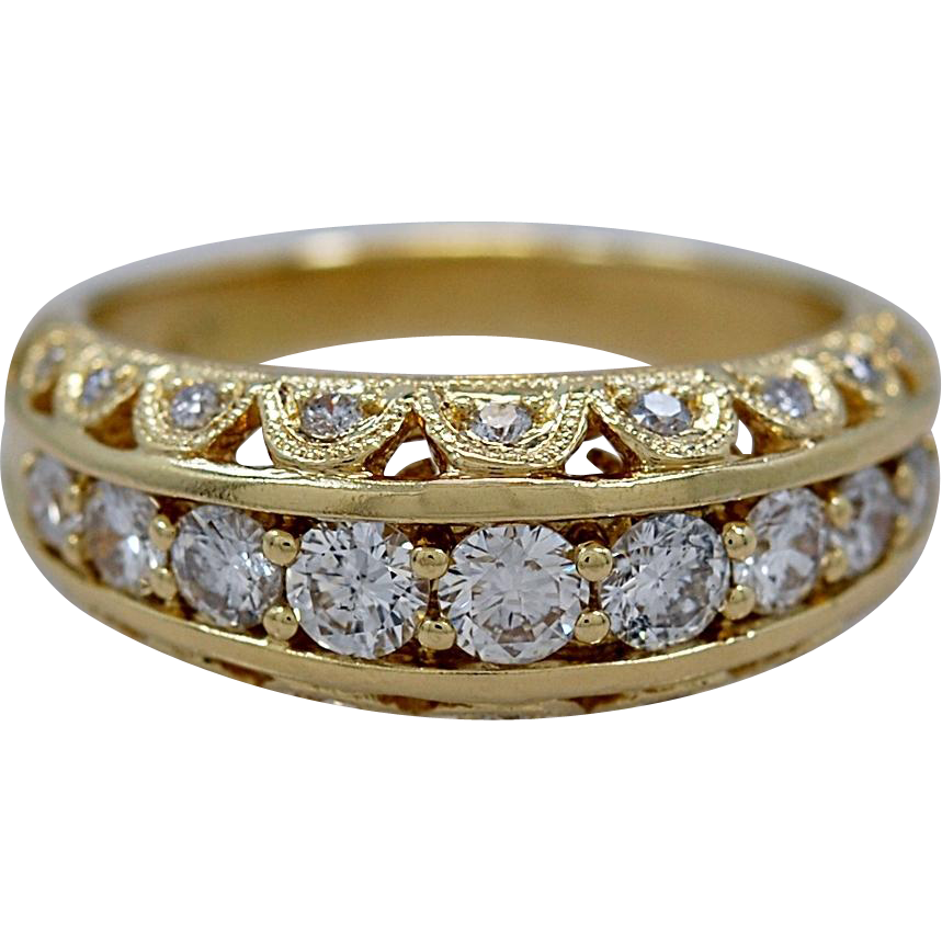 Vintage .75ct. T.W. Diamond & Yellow Gold Ring - J35259