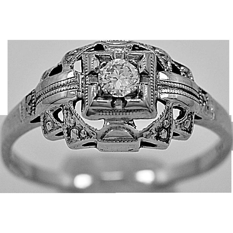 Antique Engagement Ring .10ct. Diamond & 18K White Gold Art Deco - J35629