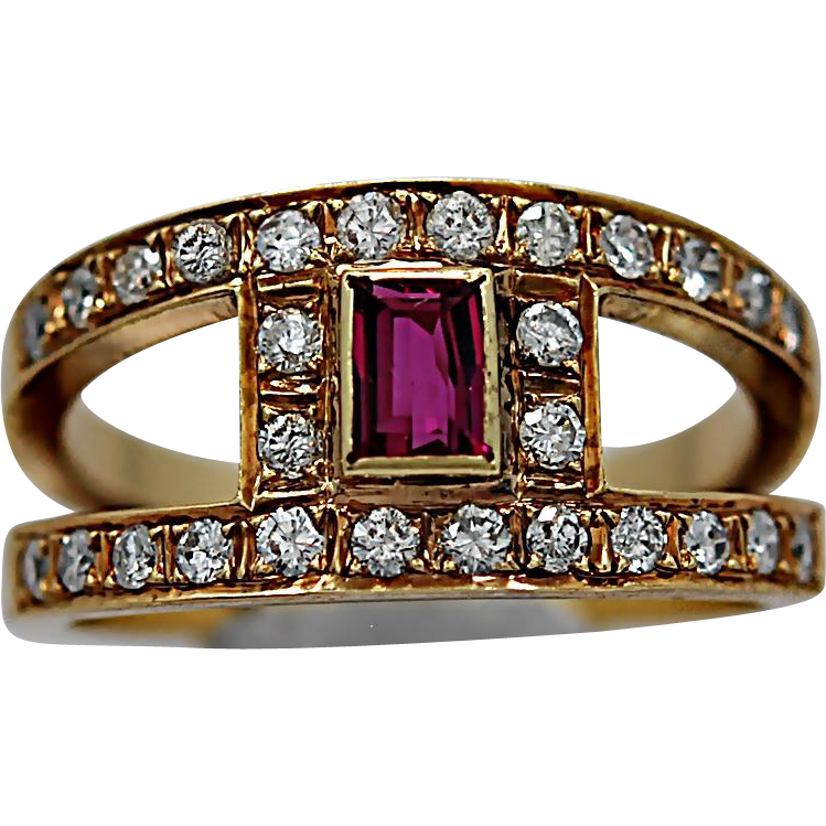 Contemporary Estate Natural Ruby & Diamond Fashion Ring .25ct. Ruby