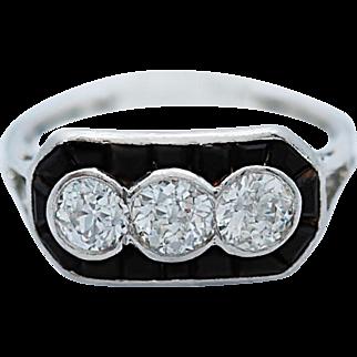 Art Deco 1.00ct. T.W. Diamond & 1.00ct. T.W. Onyx Antique Engagement - Fashion Ring Platinum