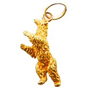 Bear Charm Pendant in 18K Yellow Gold