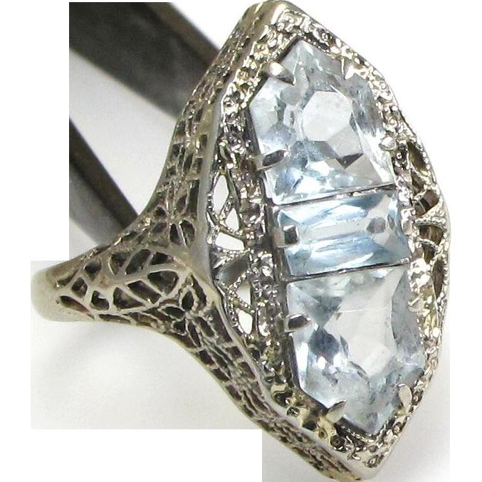 14 Karat White Gold Blue Topaz Art Deco Filigree Ring