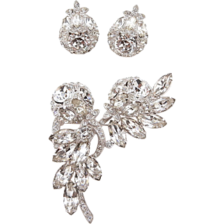 Eisenberg Ice Clear Rhinestone Brooch and Earrings Set