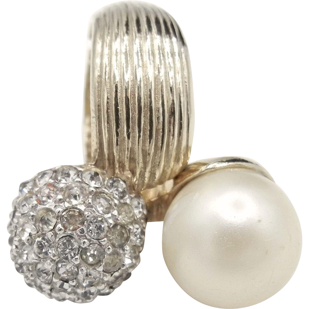 Vintage Castlecliff Simulated Pearl and Rhinestones Hinged Ring - Gold Tone Spring Cluster Ring from the 1960's