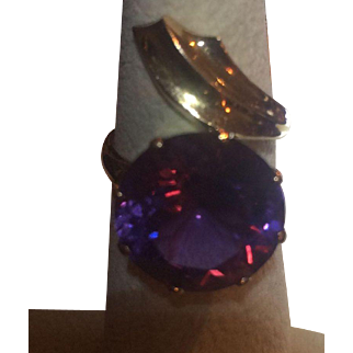 14k Large Magnificent Color Change Alexandrite Ring